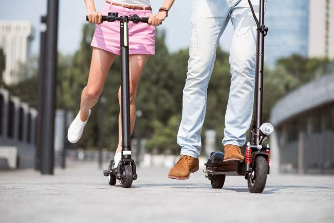 commuting using electronic scooters